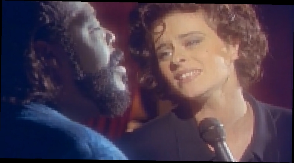 "Lisa Stansfield and Barry White — ""All around the world"" - видеоклип на песню"