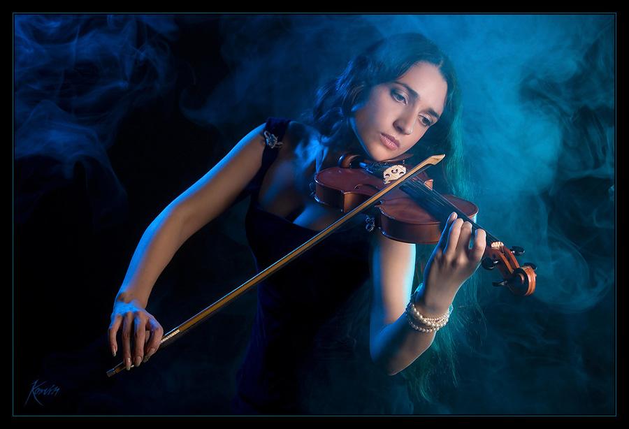 Скрипка в ночи картинки